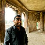 Adil esitteli Lahoren nähtävyydet
