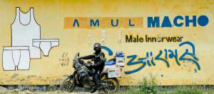 Amul Macho, maankiertäjän valinta